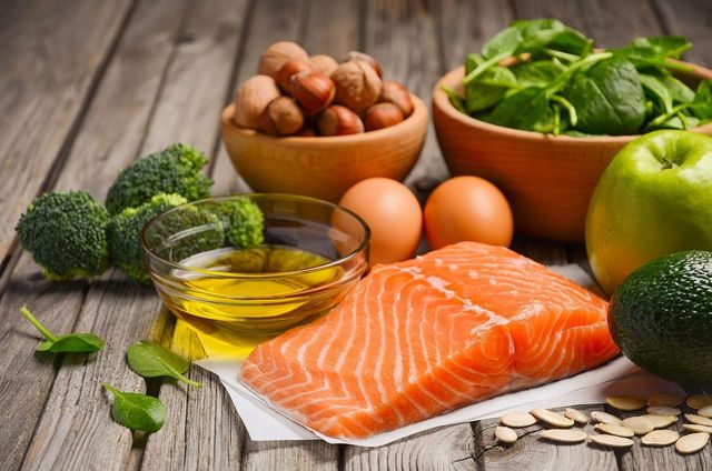 ¿Cómo es comer con mucha grasa y pocos hidratos? Conocé la dieta cetogénica
