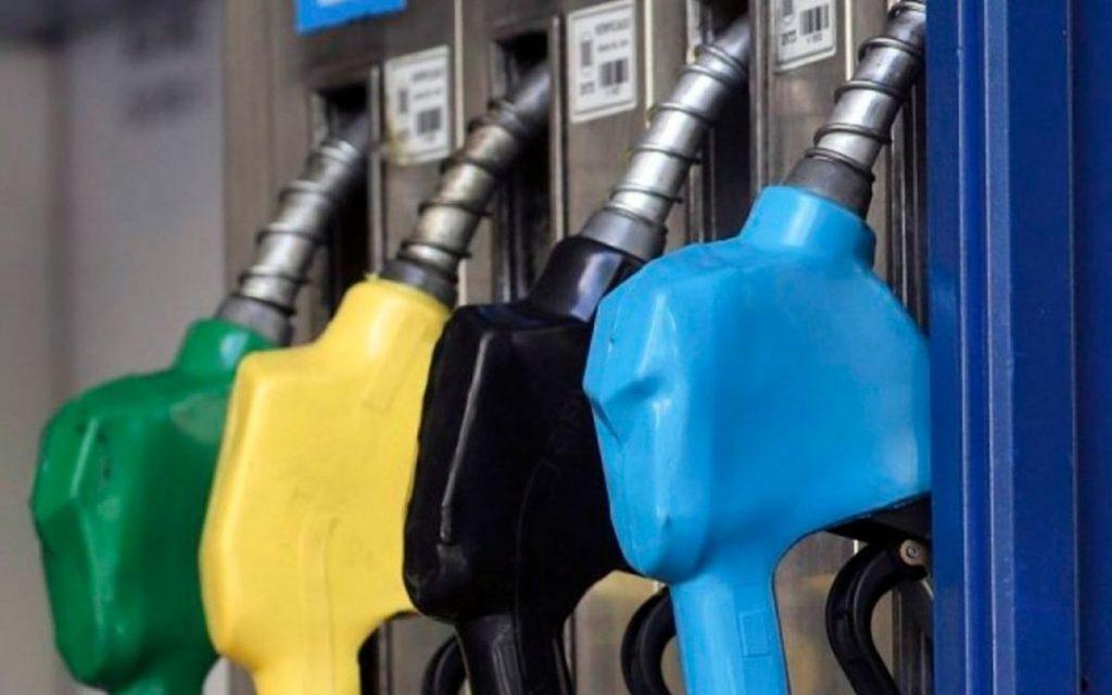 Combustibles: postergaron hasta el 1 de marzo la actualización de los impuestos