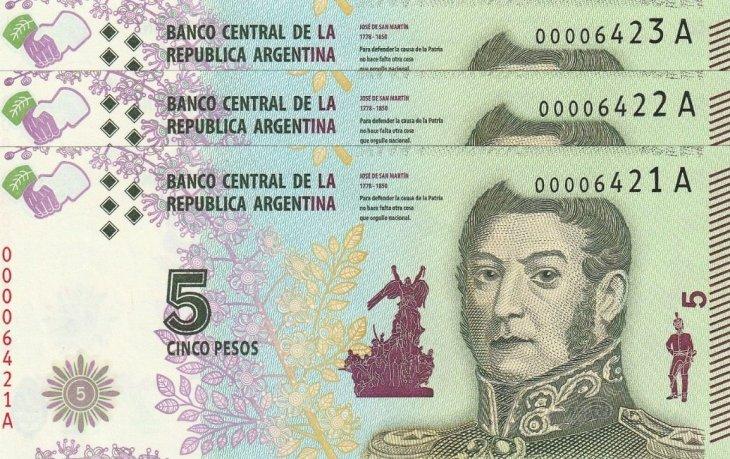 ¿Mañana vencen los billetes de 5 pesos?