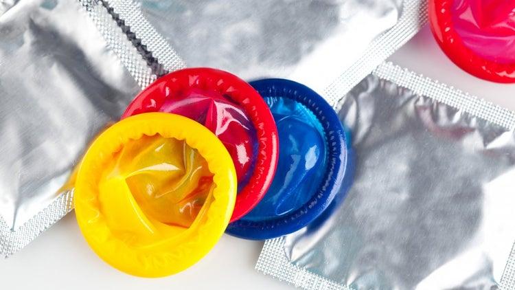 El reclamo de dos mujeres reactivó una ley dormida: una prepaga deberá entregarles preservativos gratuitos
