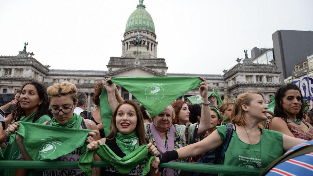Marcha al Congreso para exigir por el aborto legal, seguro y gratuito