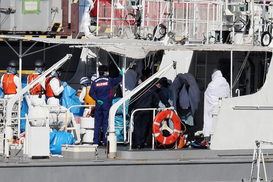 Un crucero en Japón está en cuarentena por 20 infectados de coronavirus y hay ocho argentinos a bordo