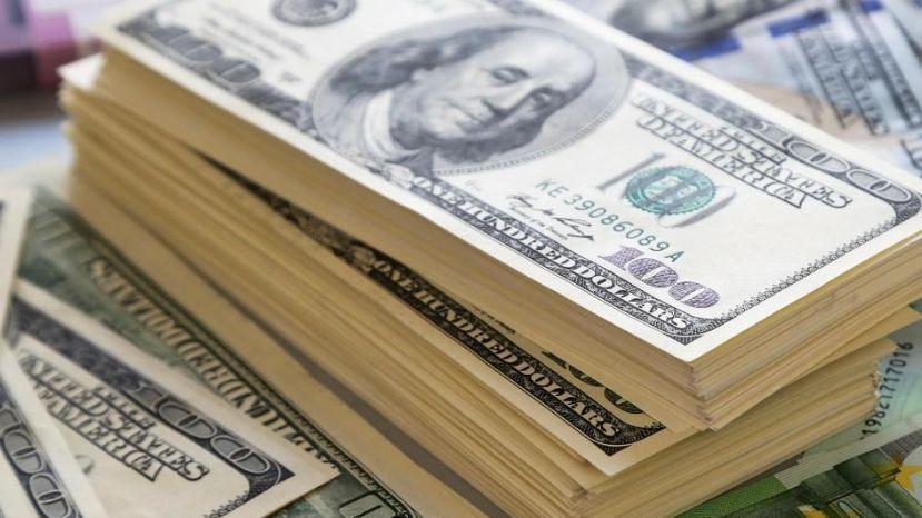Qué hará el Gobierno con lo recaudado por el impuesto al dólar