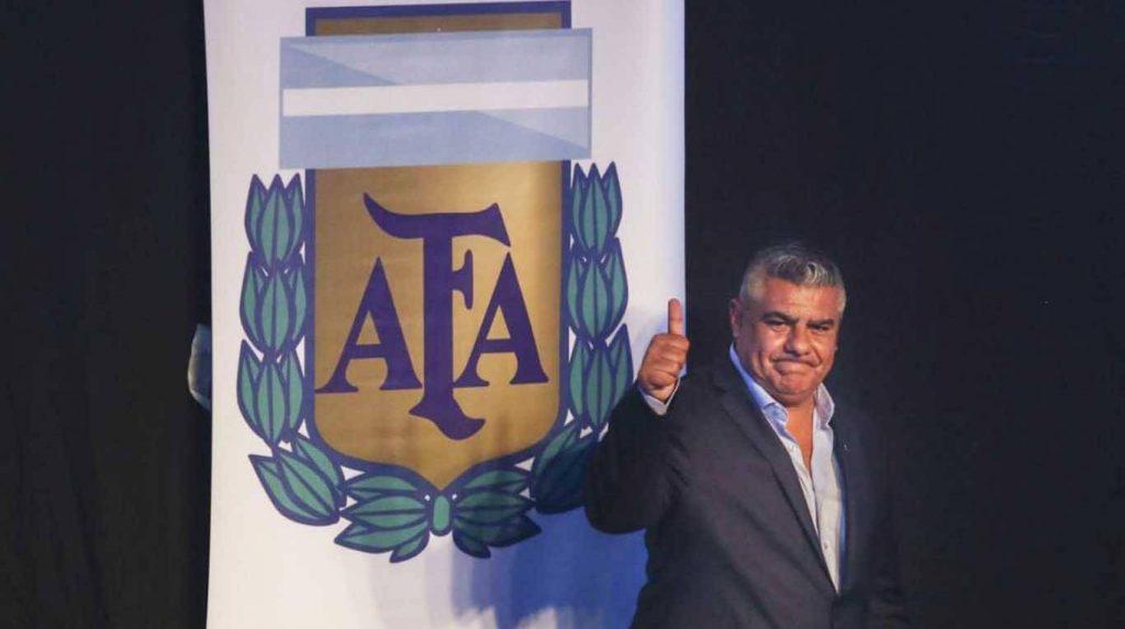 Cómo se jugaría la nueva 'Liga Profesional de Fútbol' que prepara la AFA