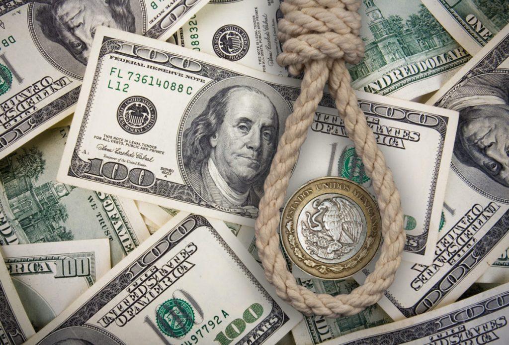 El Gobierno aseguró que no puede pagar la deuda y confirmó que mantendrá las restricciones a la compra de dólares