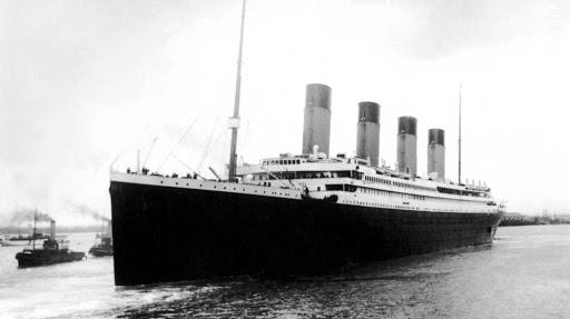 Confirman que en 2019 un submarino británico chocó los restos del Titanic y Estados Unidos se enteró y lo ocultó